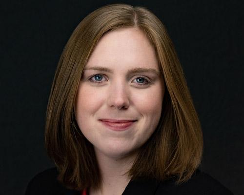 Lauren G Riley Headshot
